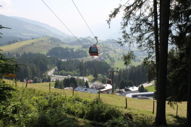 We zaten vlak bij een skilift, de Panoramabahn.