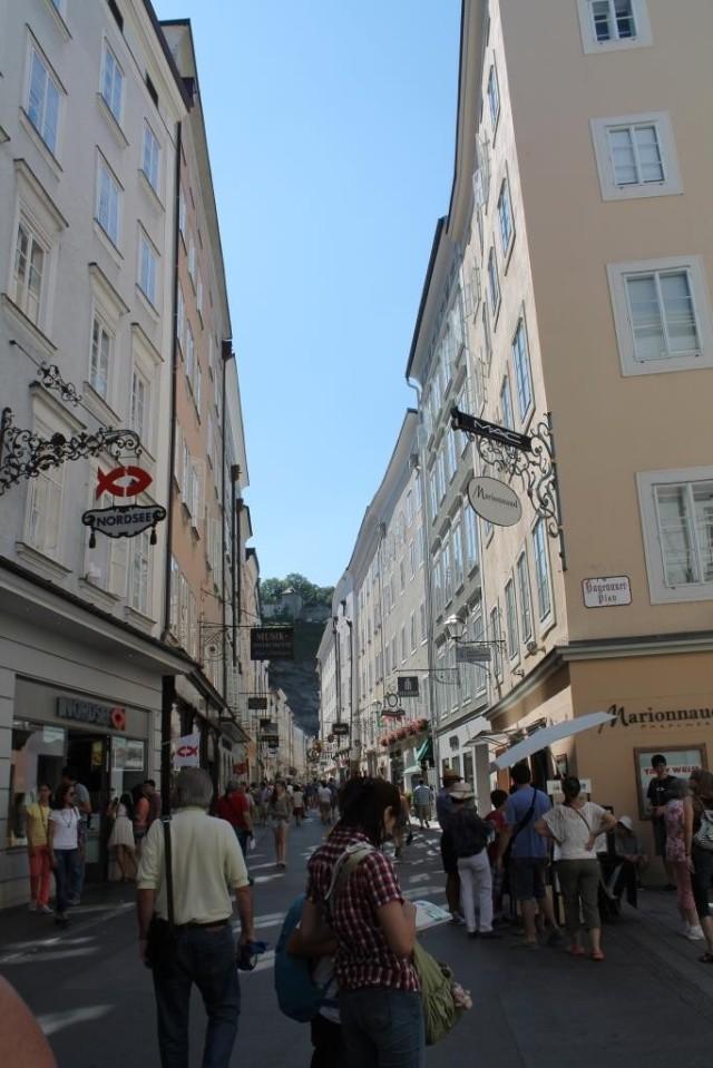 De Kalverstraat van Salzburg