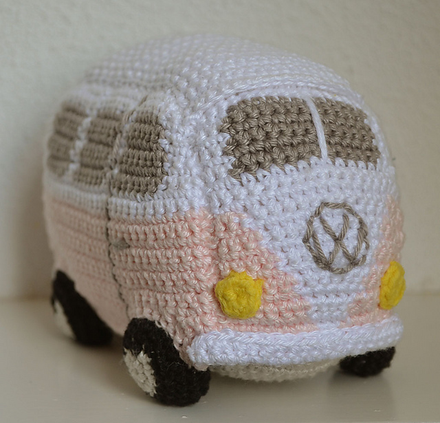 I heart amigurumi Crafty Queens
